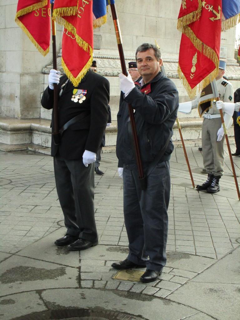 Notre porte-drapeau Thierry Bourrié